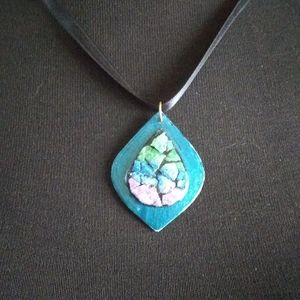 Hand Crafted Jewelry - Eggshell Pendant Necklace